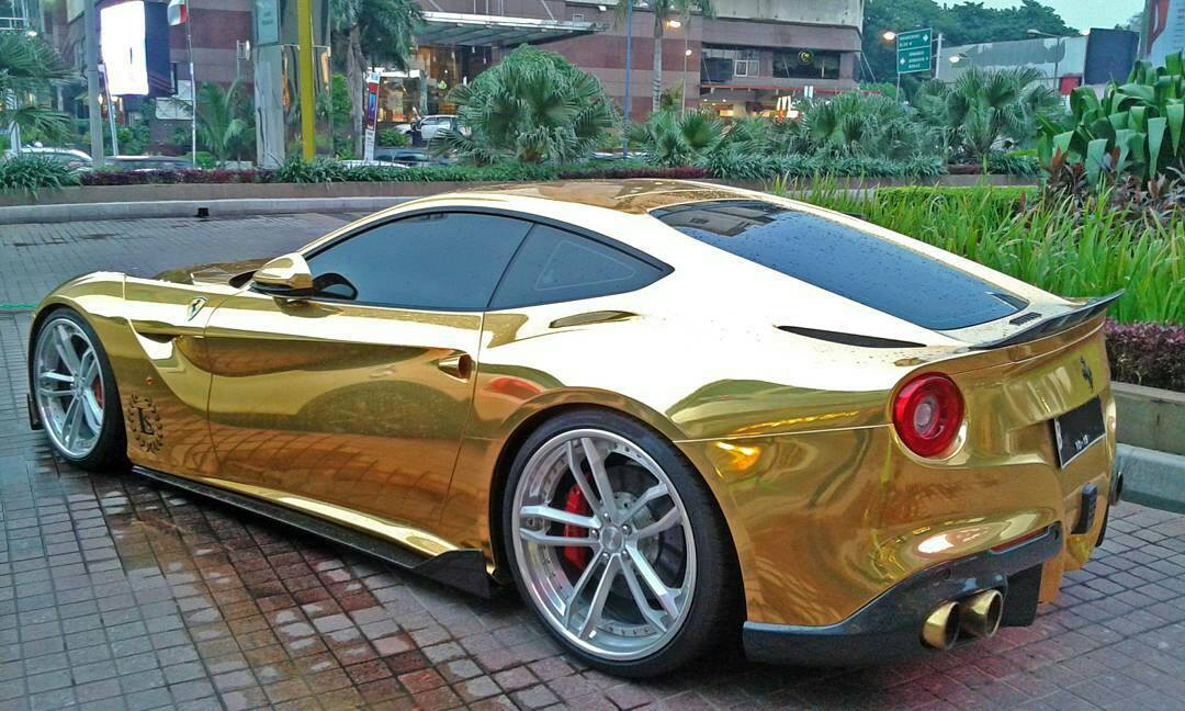 Ferrari F12 Gold + PUR Wheels