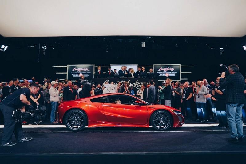 Acura NSX 2017 #001 - первая продана с аукциона за 1,2 млн. долларов