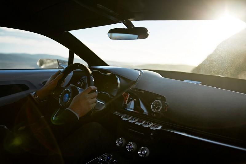 alpine-sportscar-interior