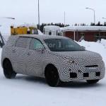 Peugeot 6008 2017 шпионское фото