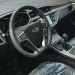 Geely Emgrand GL шпионское фото (интерьер - руль. приборная панель)