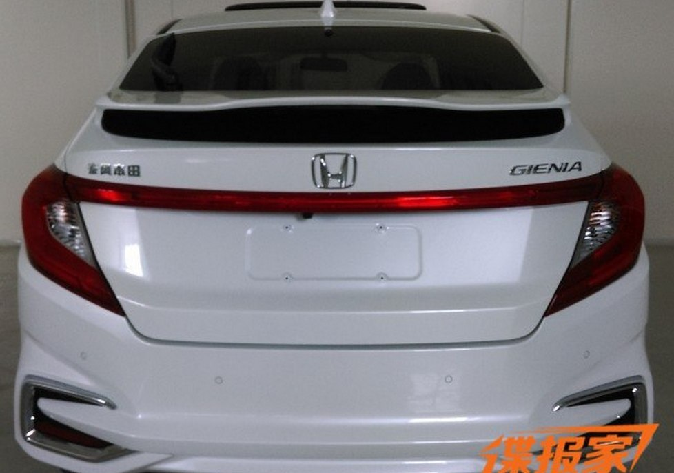 Honda Gienia шпионское фото