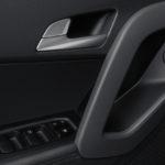 Hyundai Creta фото интерьера - дверная ручка