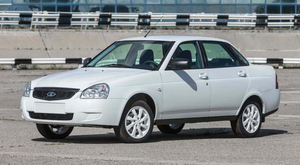 Lada Priora White Edition
