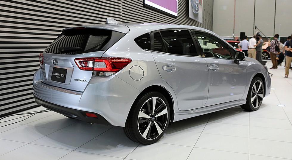 Subaru Impreza 2016 (хэтчбек)