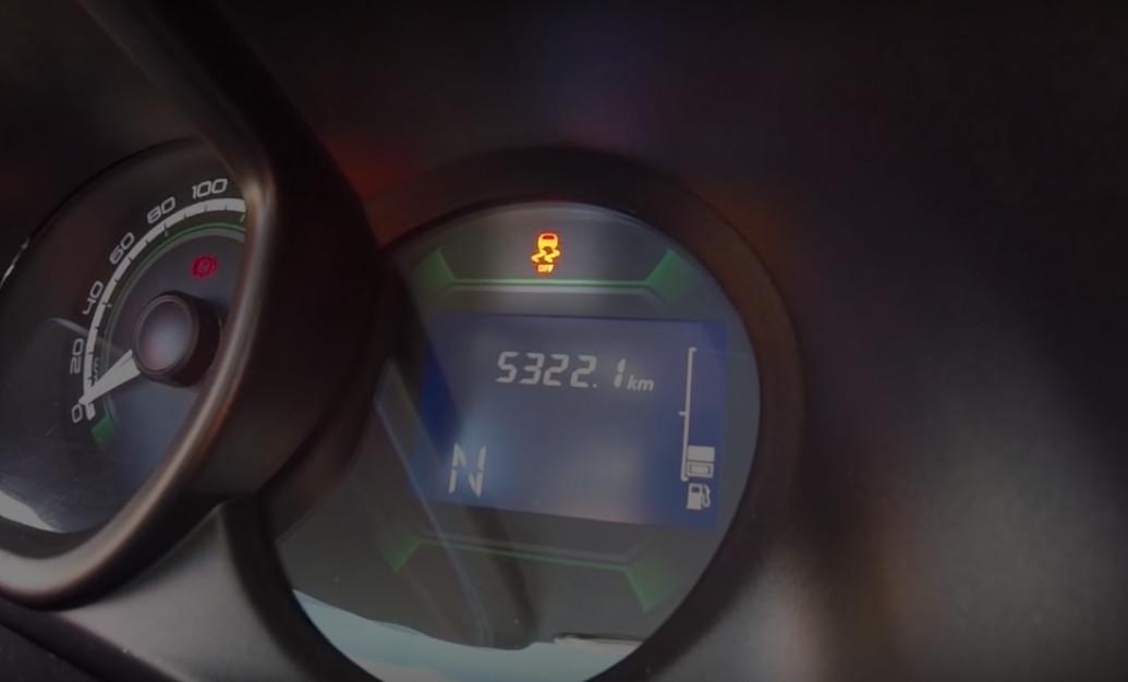 Lada Xray с функцией отключения ESP - индикатор