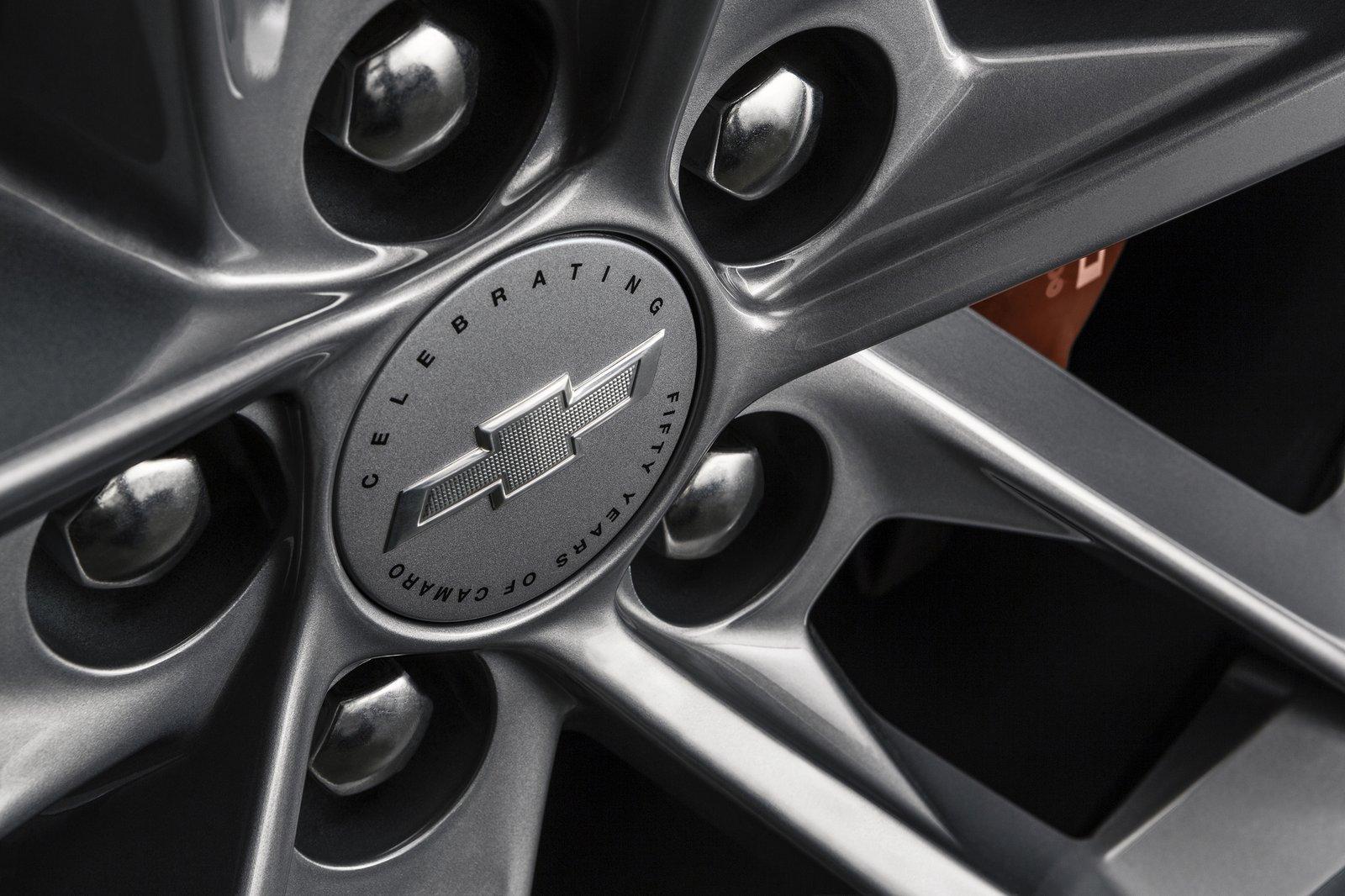 Chevrolet Сamaro 50th Anniversary Edition
