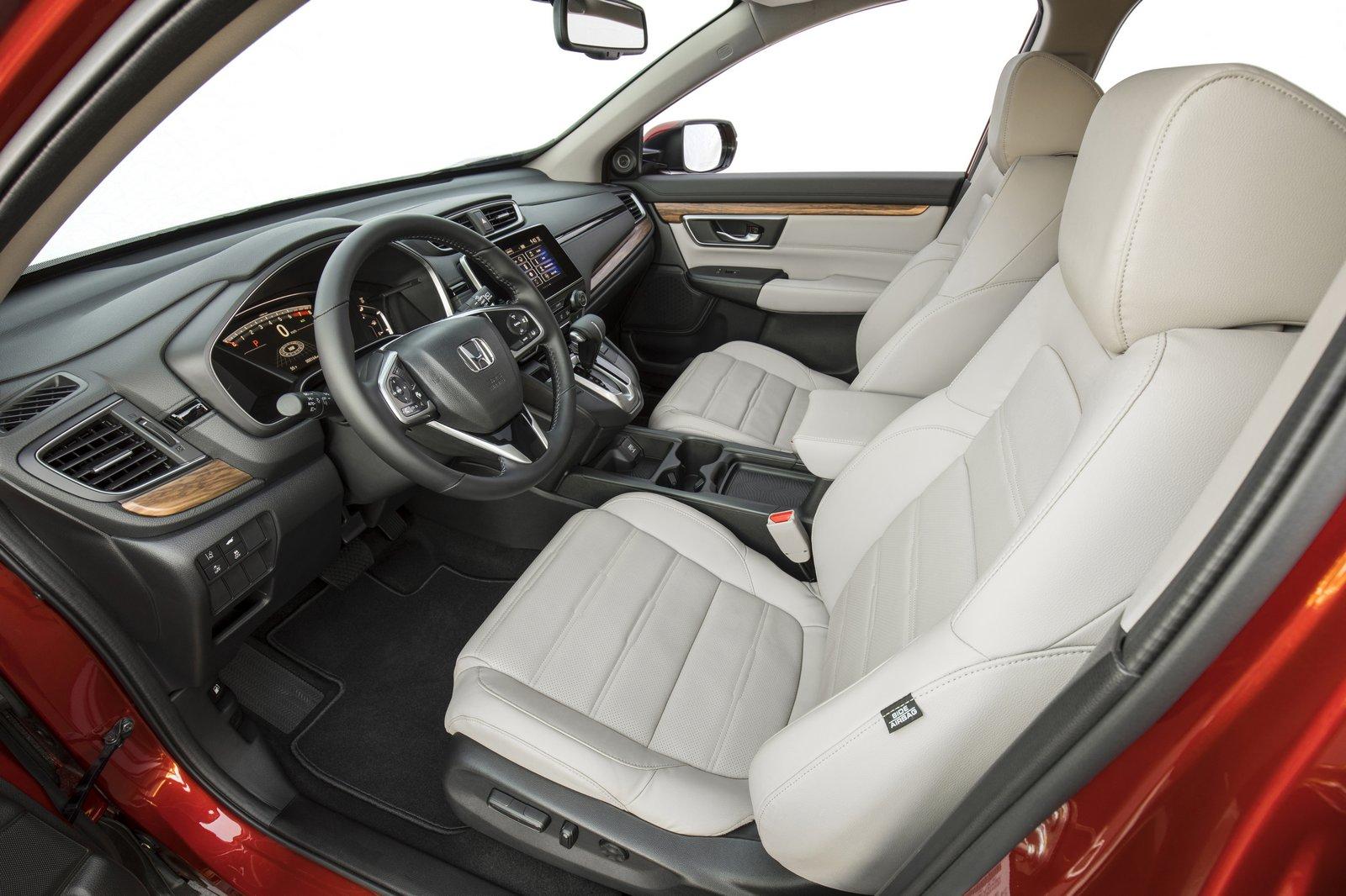 Хонда начинает продажи нового «CR-V» вСША