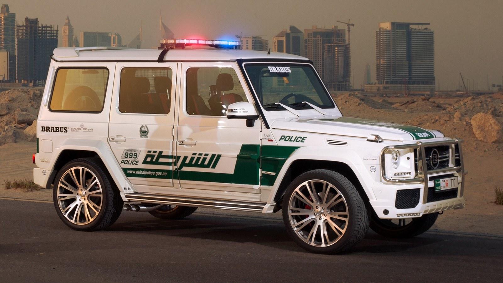 brabus_700_widestar_police_5