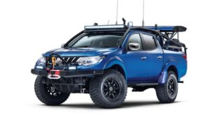 mitsubishi_l200_barbarian_desert_warrior-mini