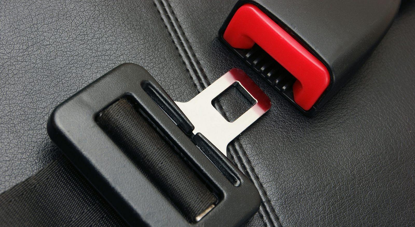 seat-belt-remen-bezopasnosti