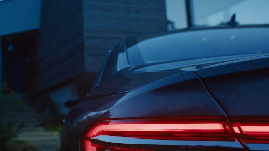 Появилось видео самостоятельной парковки обновленного поколения Ауди А8
