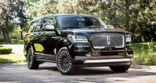 lincoln_navigator_extended_black_label_mini