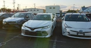 toyota-camry-live-1
