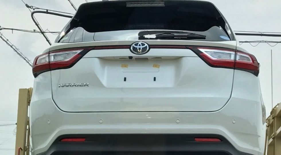 toyota-harrier-2018-spy-photo-2
