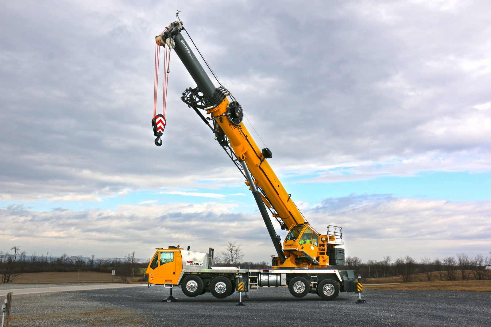Grove unveils the TMS9000-2 truck crane