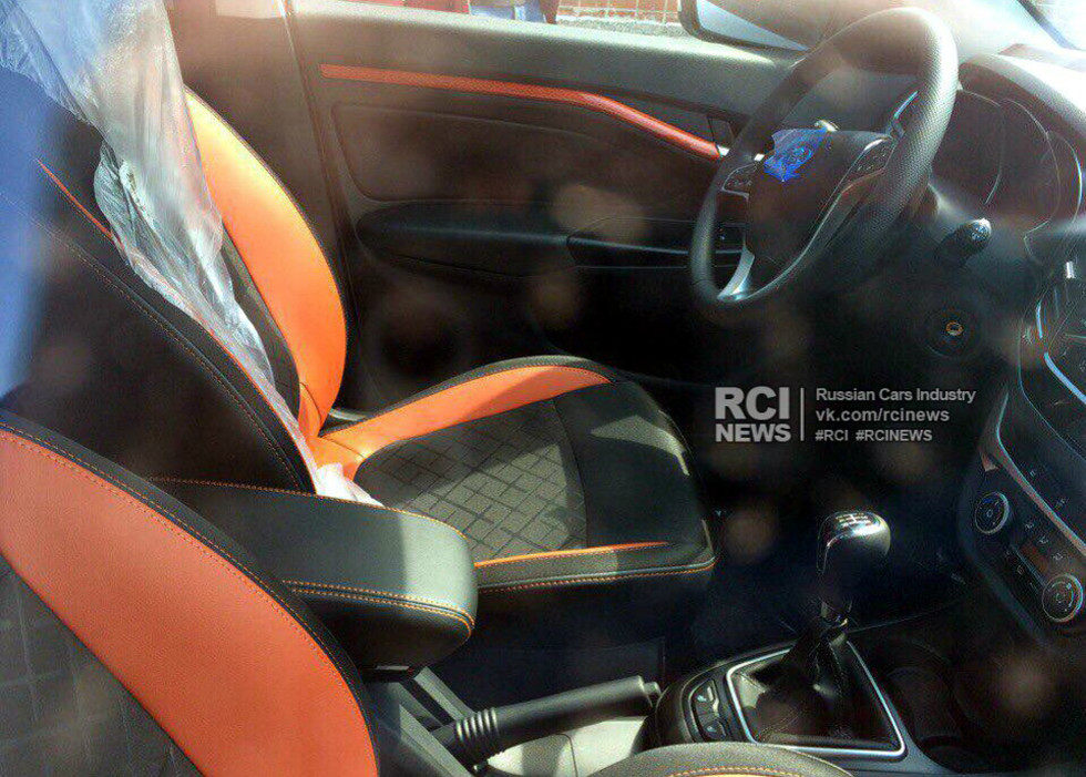 lada-vesta-sw-cross-interior