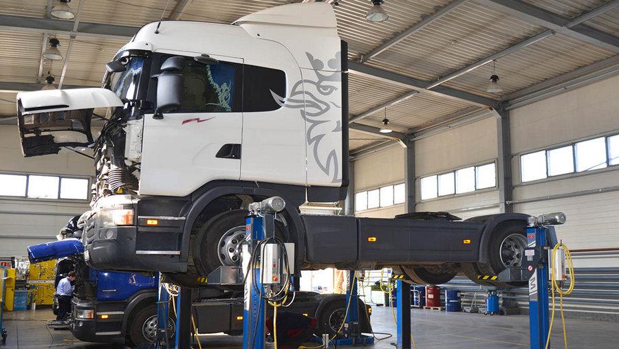 trucks-repair-2