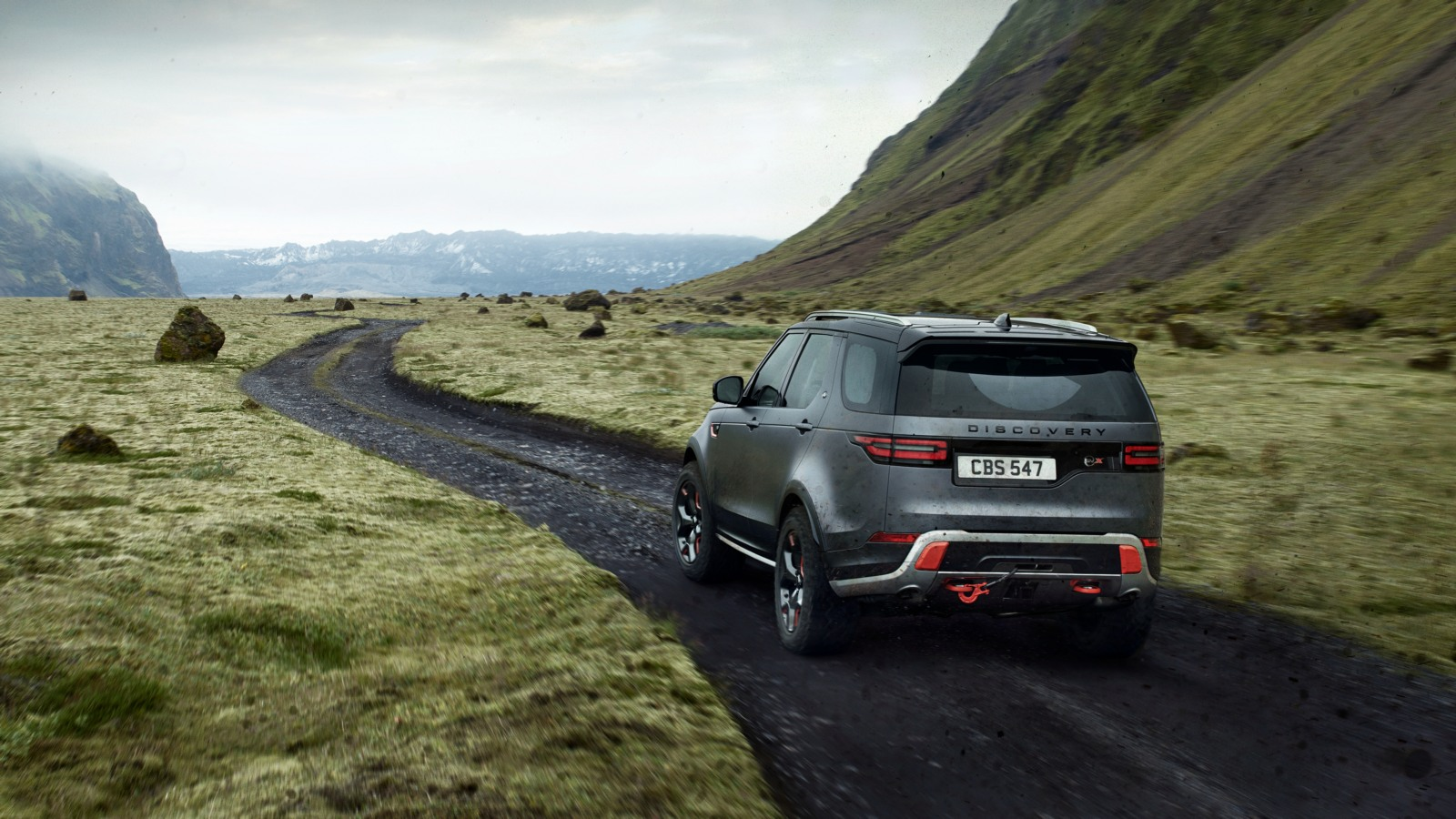 land_rover_discovery_svx_2