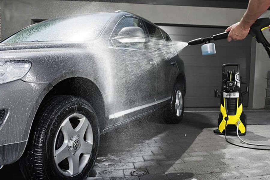 Техническая вода для автомоек: в чем ее особенность?