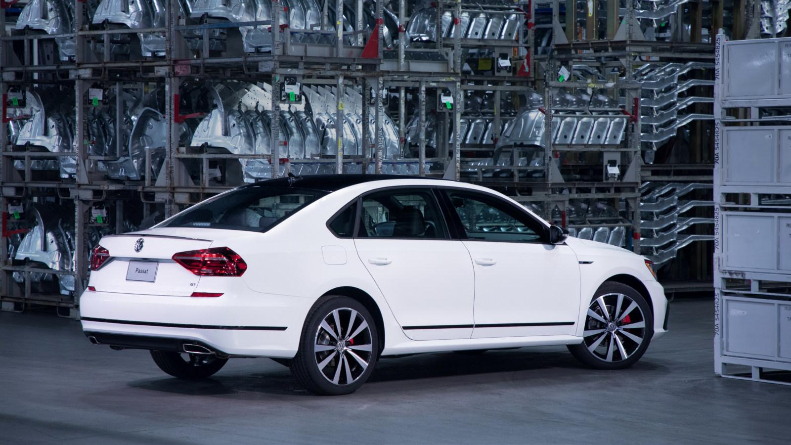 Volkswagen Passat GT представлен официально