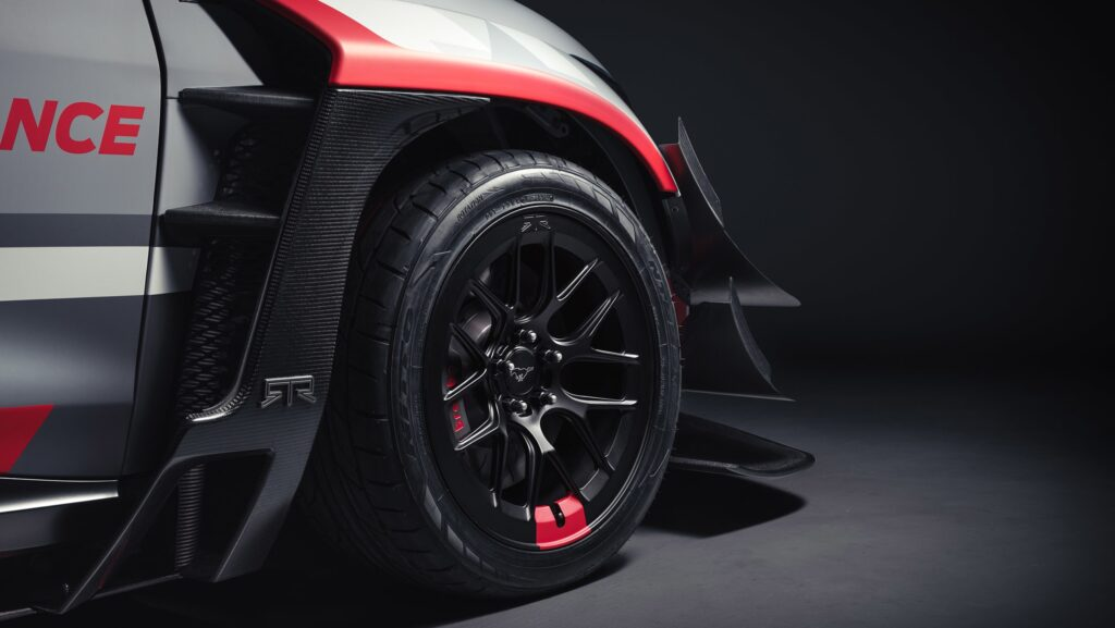 Представлен новый прототип Ford Mustang Mach-E 1400