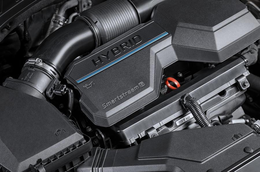 Опубликованы фото и характеристики нового Hyundai Santa Fe 2020