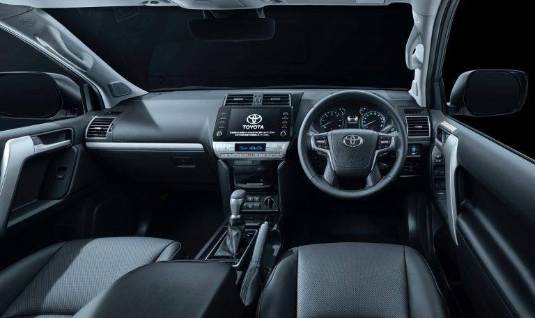 Компания Toyota обновила Land Cruiser Prado на японском рынке