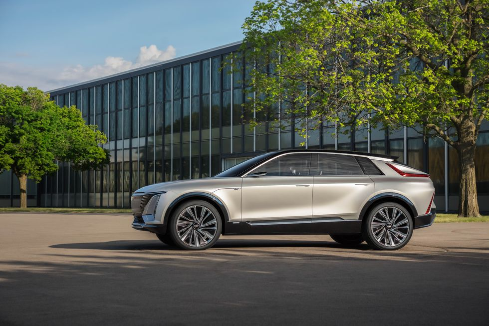 Cadillac презентовал новый электрический кроссовер