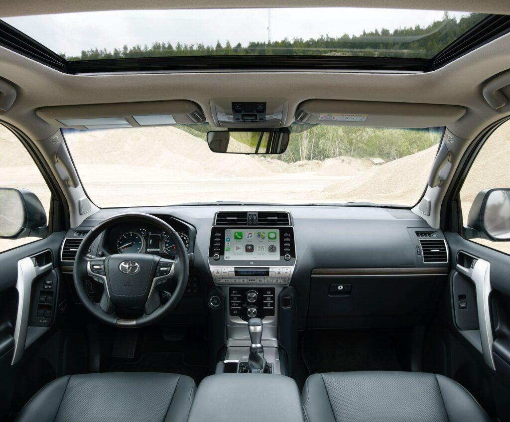Обновленный Toyota Land Cruiser Prado получил более мощный двигатель