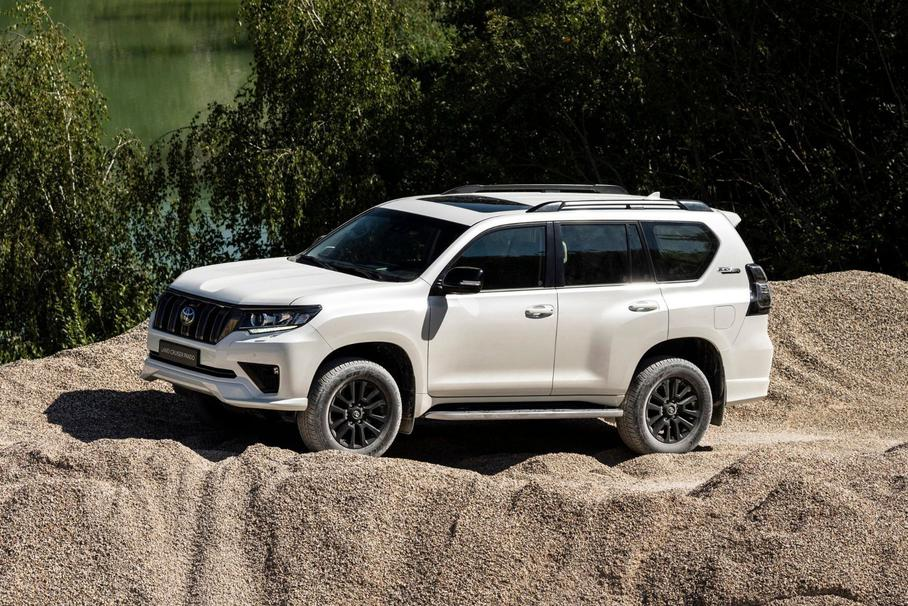Toyota открыла предзаказ на обновленный Land Cruiser Prado в России