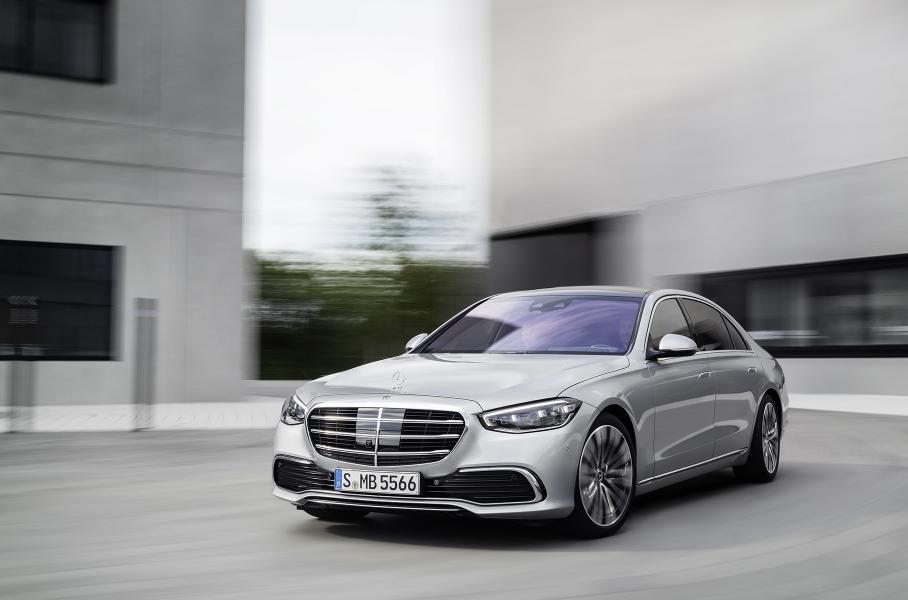 Mercedes-Benz представила новый седан S-Class