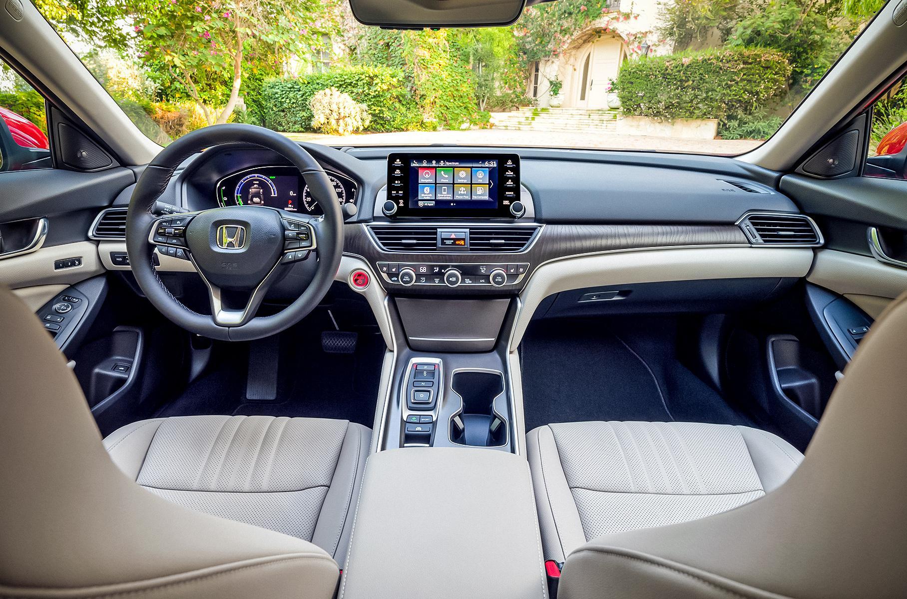 Обновленный Honda Accord дебютировал в США