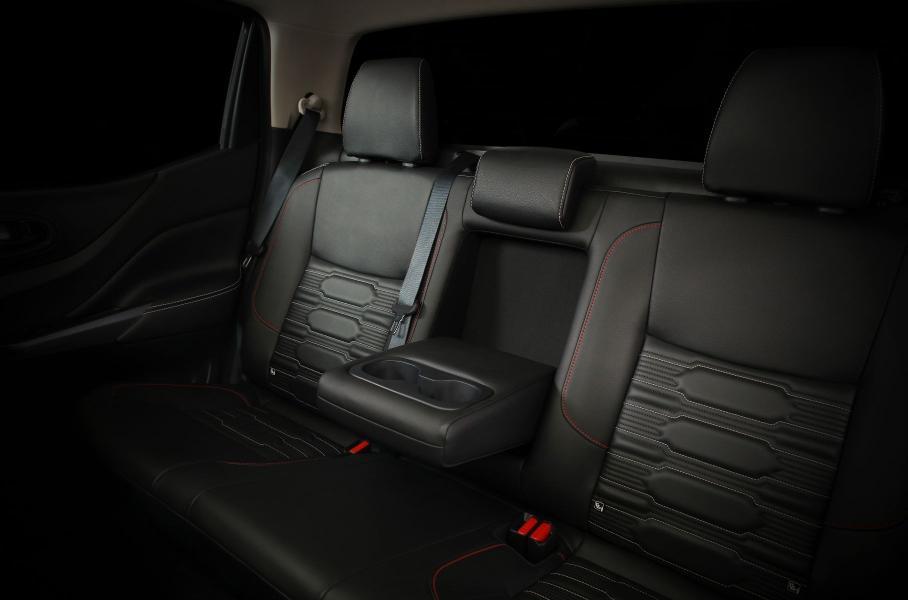 Nissan презентовал обновленный пикап Nissan Navara