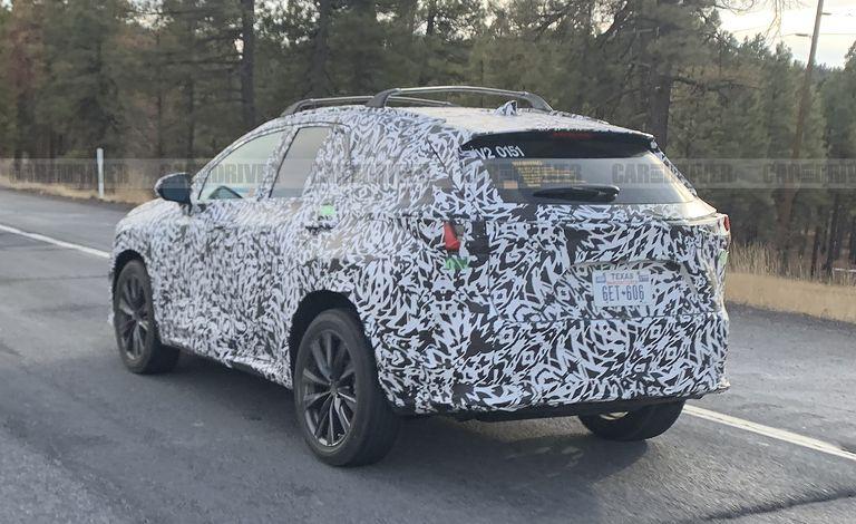 Редизайн Lexus NX 2022 года может включать новую линейку двигателей