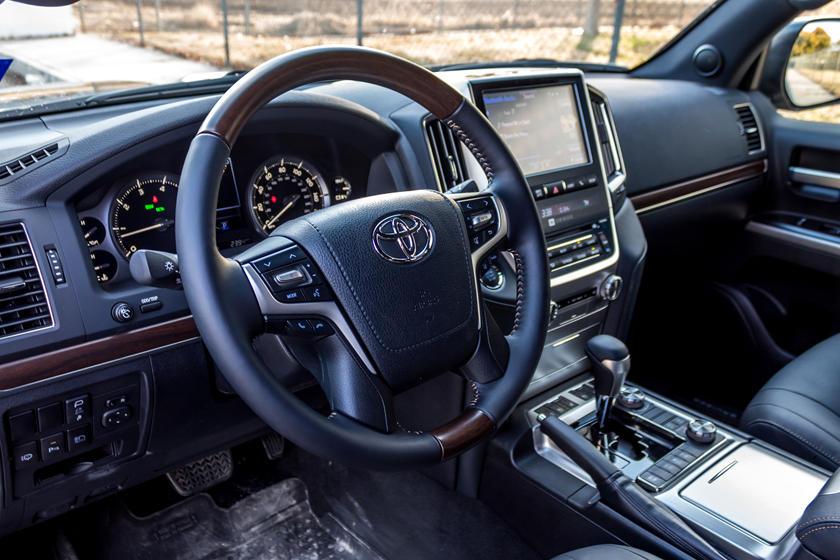 У нового Toyota Land Cruiser будут значительные изменения под капотом