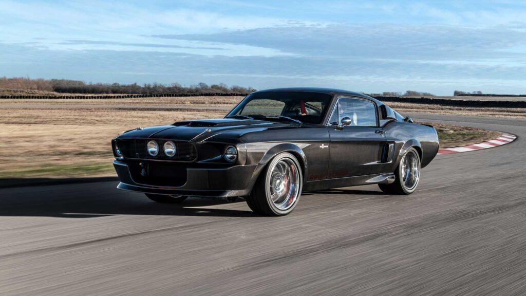 Обнародован первый серийный автомобиль Shelby GT500CR из углеродного волокна с 810 л.с.