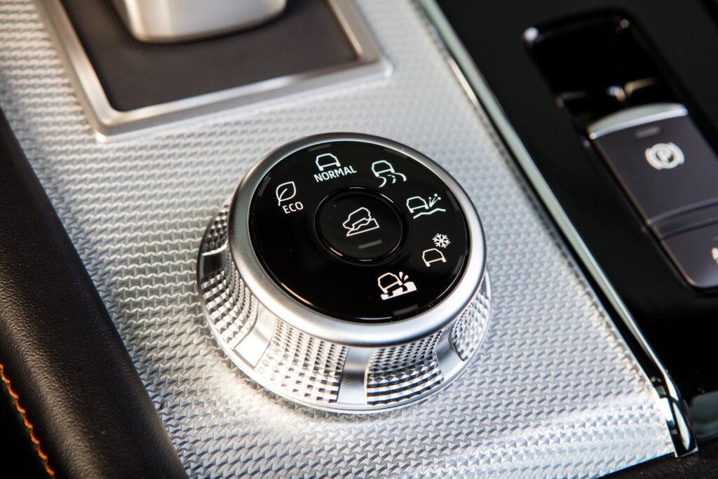 Mitsubishi официально представила внедорожник Mitsubishi Outlander нового поколения