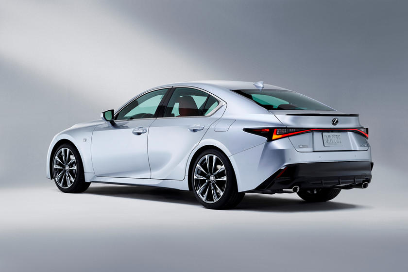 Lexus показал проект своего нового спорткара F Sport