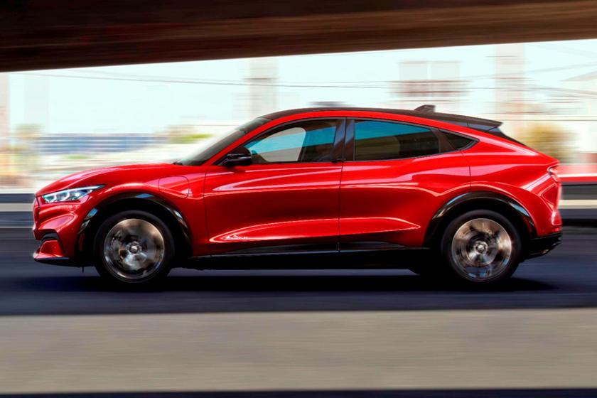 Ford Mini Mustang Mach-E дебютирует в 2023 году
