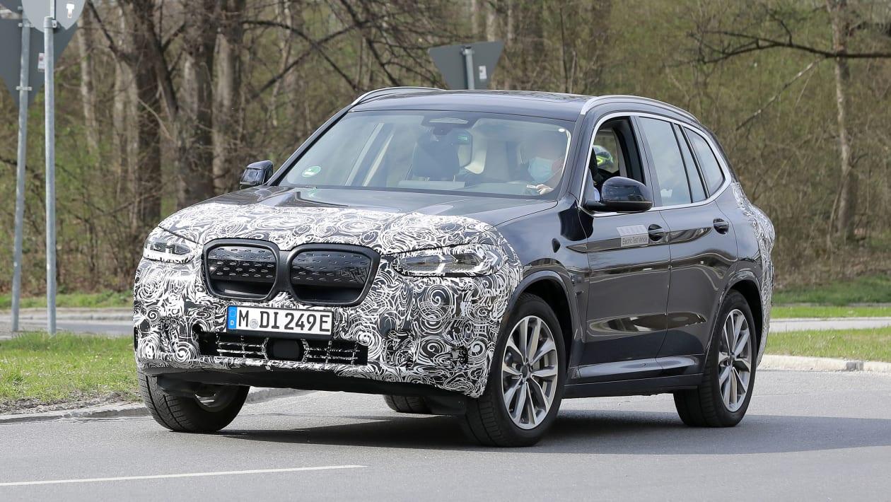 Обновленный внедорожник BMW iX3 замечен перед стартом в 2022 году