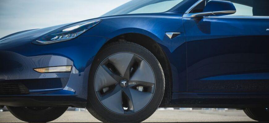 Tesla отзывает Model 3 и Model Y из-за ослабленных тормозных болтов