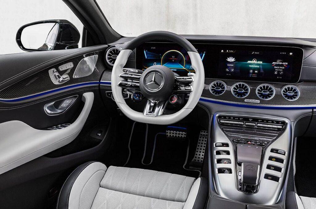 Представлен обновленный Mercedes-AMG GT 4-Door Coupe