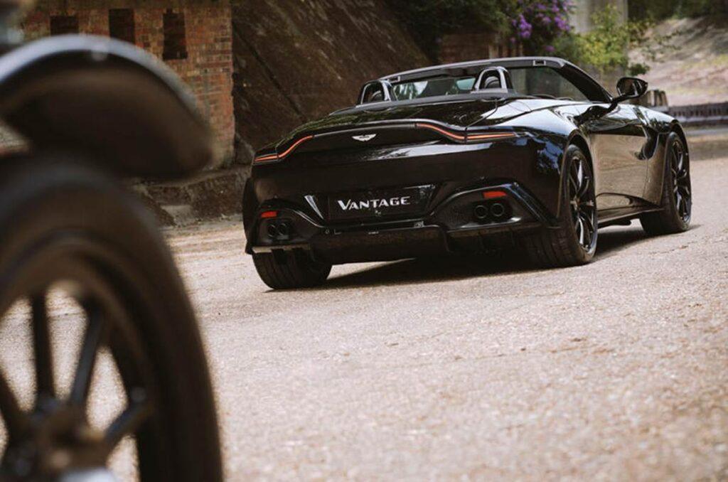 Представлен Aston Martin Vantage Roadster A3