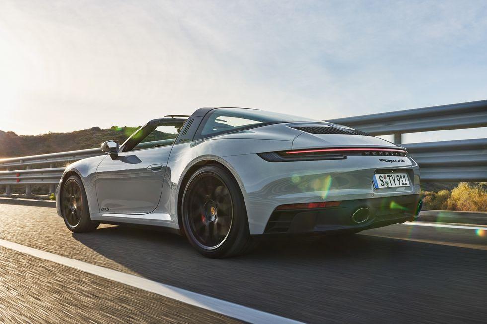 Porsche 911 GTS 2022 года будет иметь мощность 473 лошадиных силы