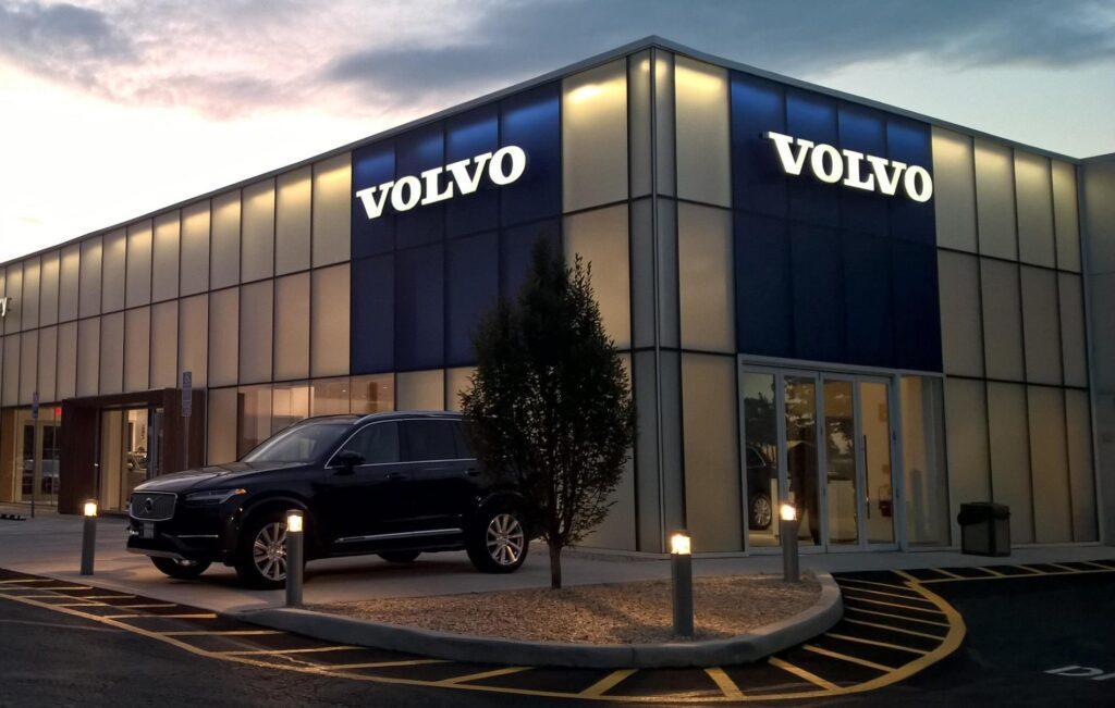 Мировые продажи Volvo Cars в мае выросли на 43%