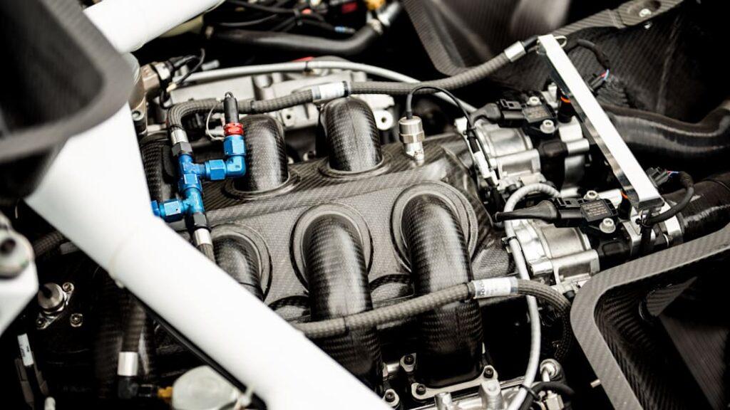 Гоночный Bentley Continental GT3 Pikes Peak выдал 750 лошадиных сил на биотопливе