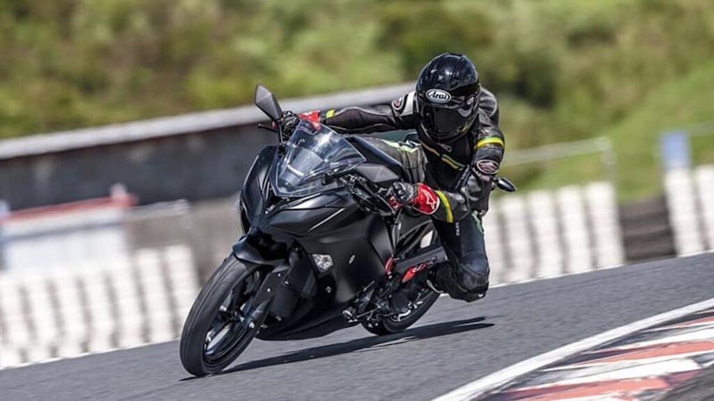 У Kawasaki есть планы на электрические, гибридные и водородные мотоциклы