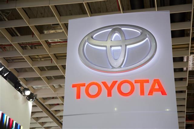 Google, VW и Toyota разрабатывают операционные системы для автомобиле