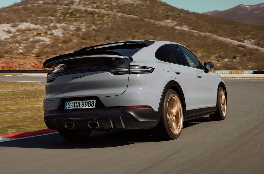 Представлен новый внедорожник Porsche Cayenne Turbo GT 2021 года